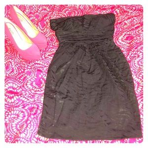 Black strapless party dress with pockets
